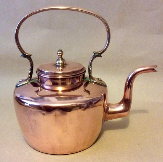 Antique Georgian copper kettle with unusual flat lid.